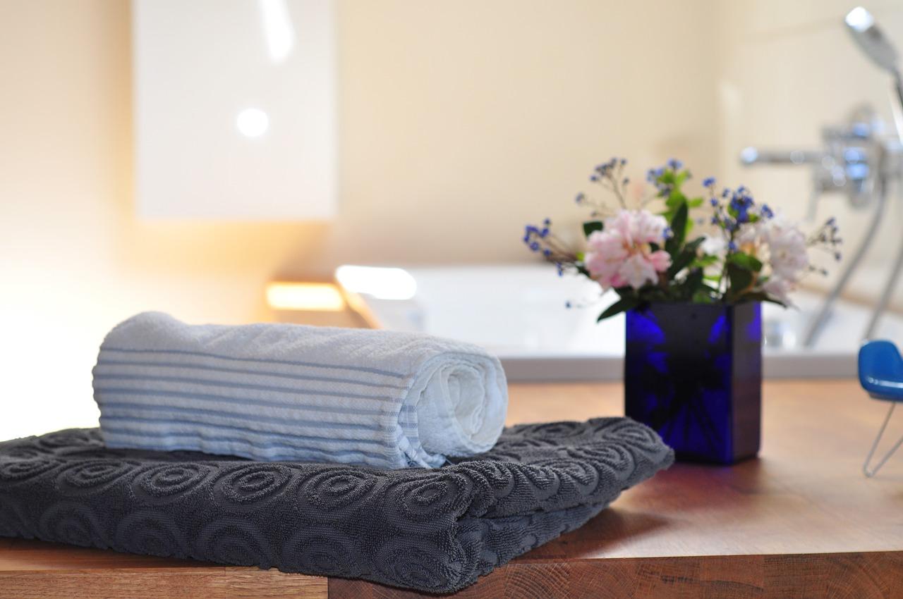 Zalety ręczników bambusowych. Komplet ręczników na prezent