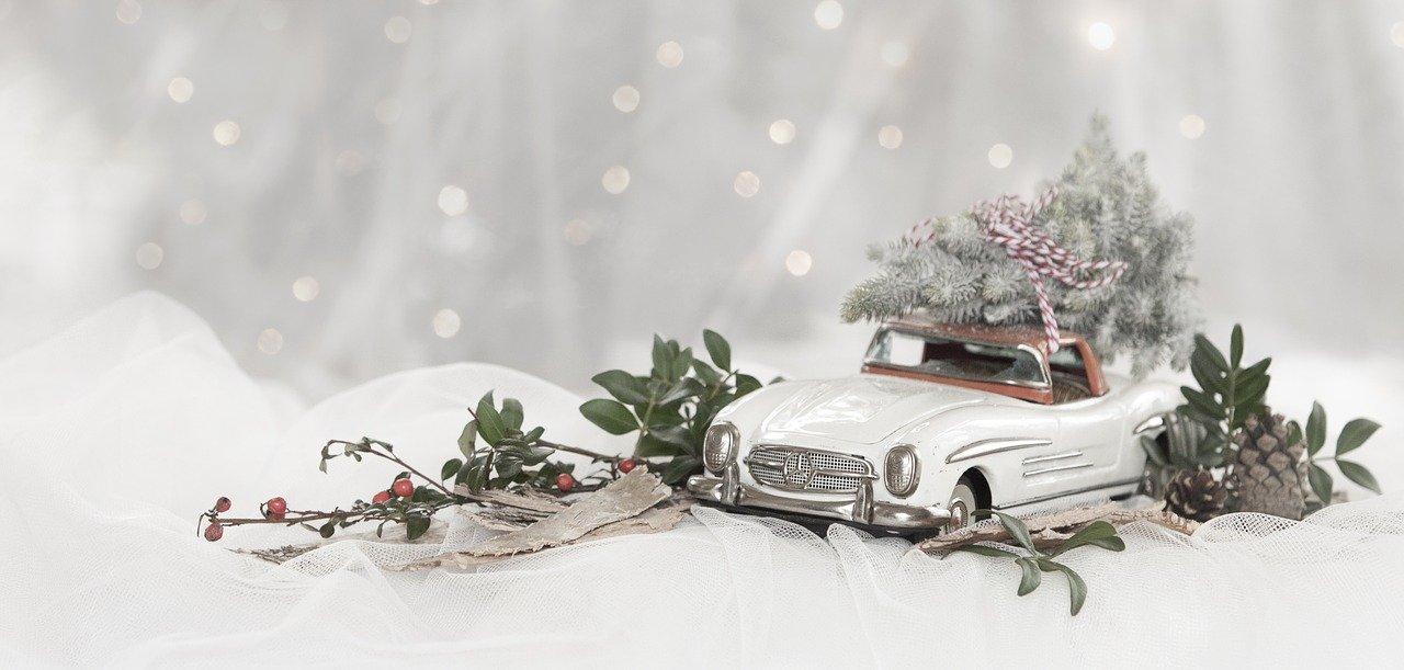 Dekoracje na stół świąteczny czyli magiczne święta